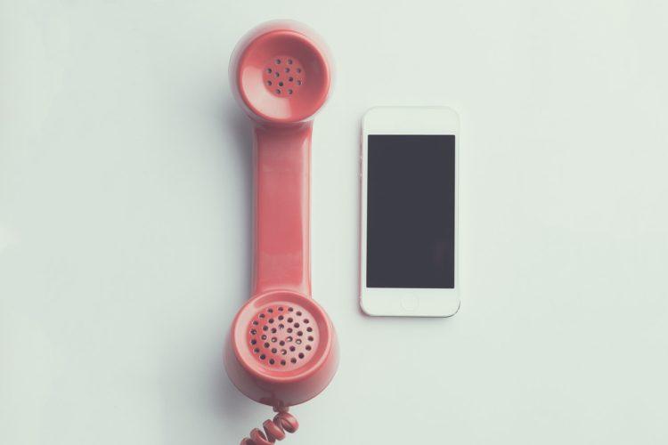 Deux modèles de téléphones